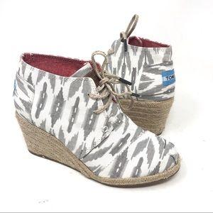 TOMS Espadrilles Canvas Wedge Heel Lace Up Shoes